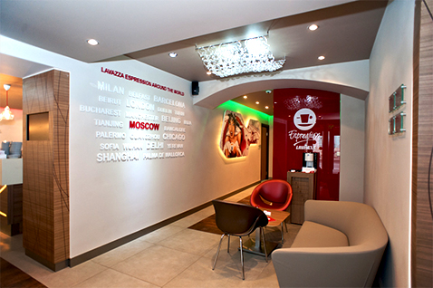 002 | Lavazza Coffè Shop Moscow * Architettura = OfficineMultiplo