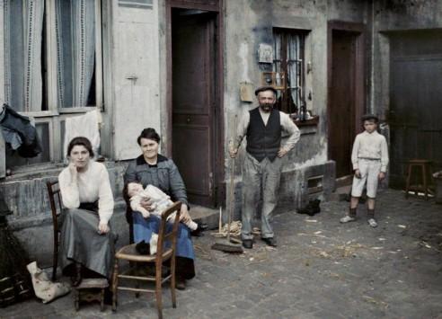 1914_17_familie_in_der_rue_du_pot_de_fer-web