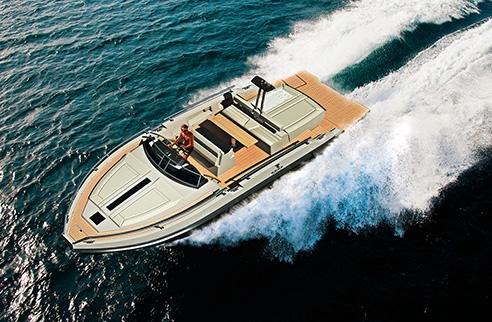 01_rude_yacht_ever.jpg