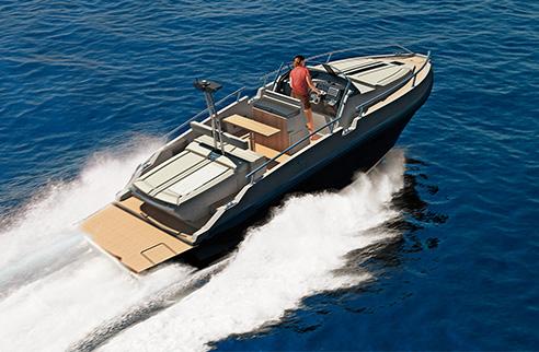 03_rude_yacht_ever.jpg
