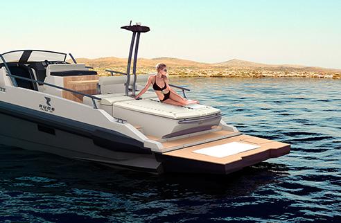 04_rude_yacht_ever.jpg