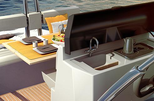 09_rude_yacht_ever.jpg